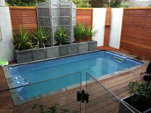 Xây dựng hồ bơi cho trẻ em cần những loại thiết bị nào?