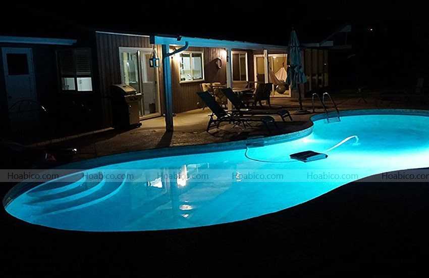 Lắp đặt đèn halogen thành hồ bơi PEH 100.C