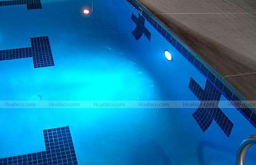 Hoan thiện thi công đèn halogen thành hồ bơi PEH 100.C