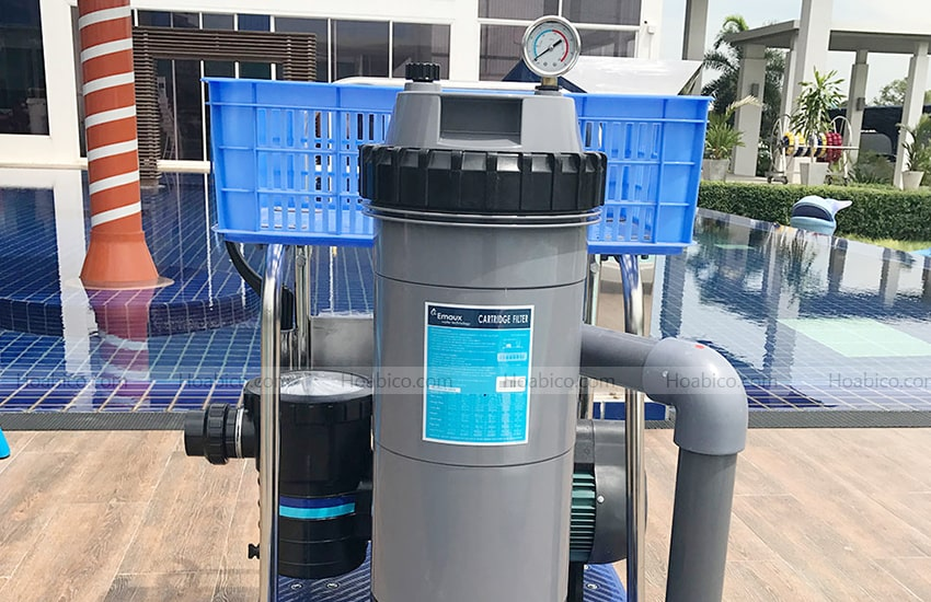 Lắp đặt máy bơm bể bơi Emaux 2HP
