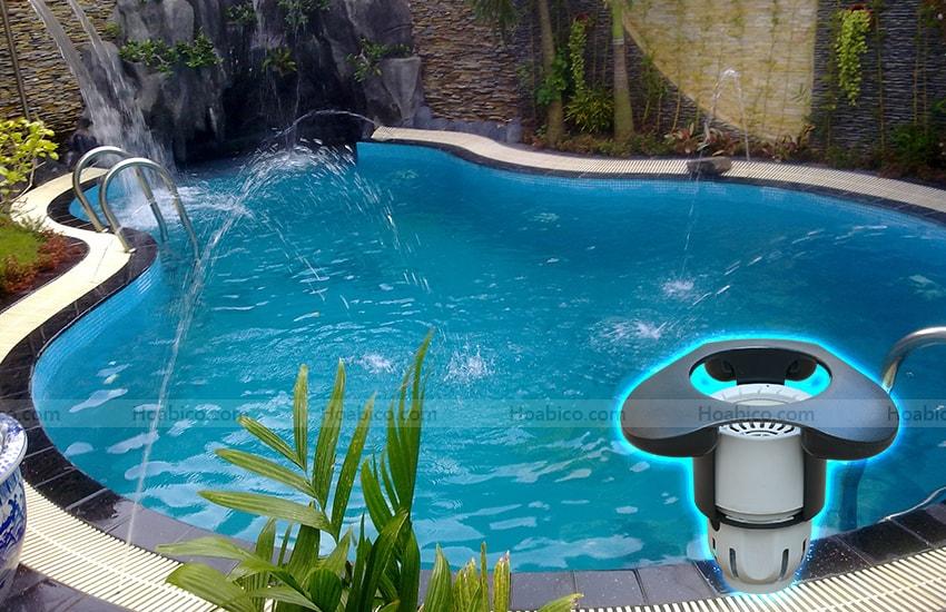 Ứng dụng sản phẩm Skimmer thu rác mặt bể bơi SP2200FS